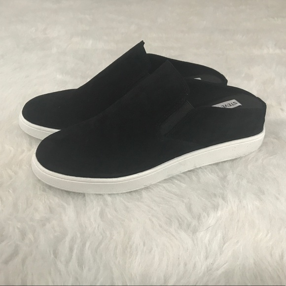 a14c4bb2f3f ❗️GONE 8 20❗️Steve Madden Ezekiel Slip On Sneaker